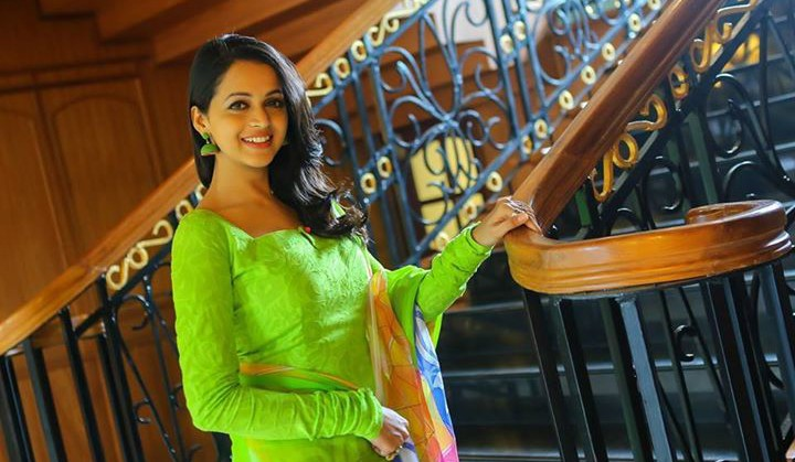 Bhavana - Hot and Sexy _ Photo Collection (7)