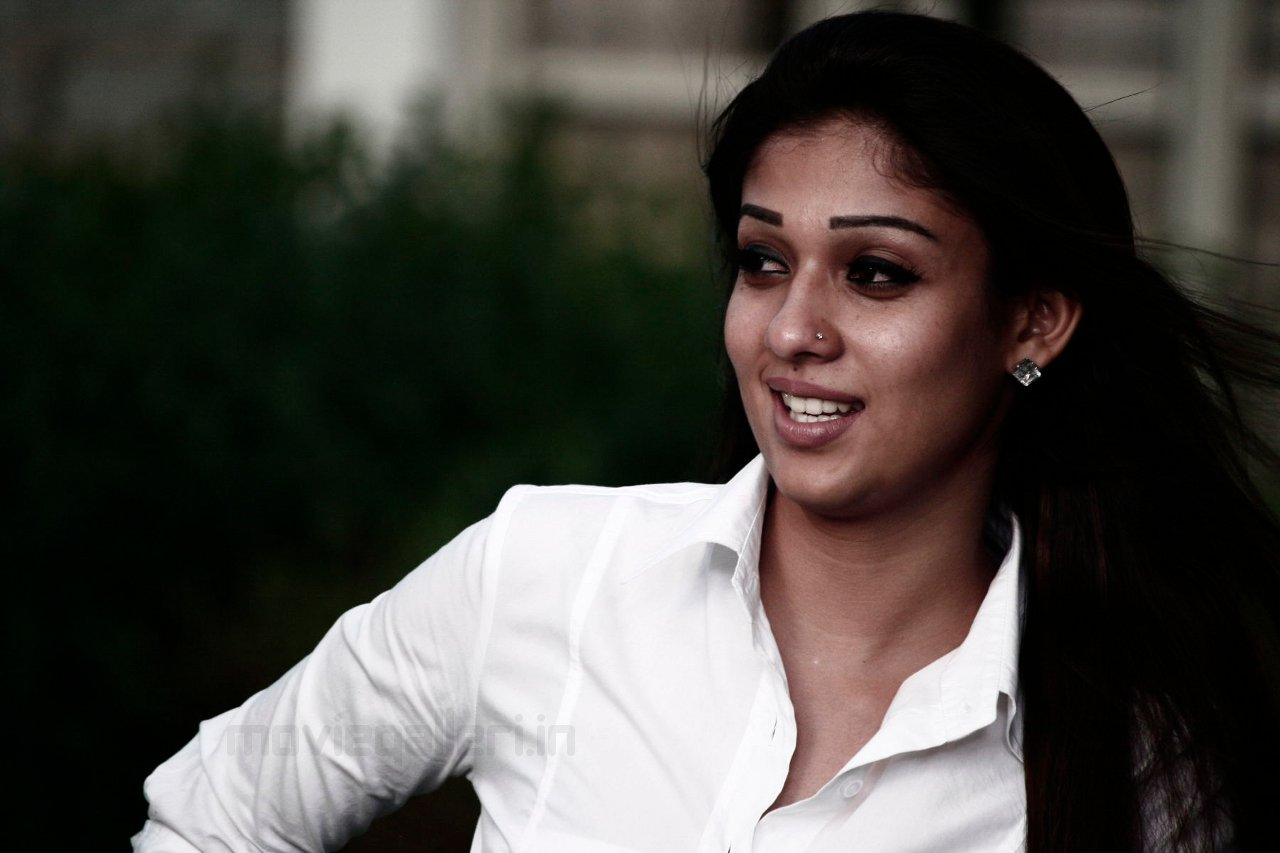 Nayanthara Hd Images 25 Cute Pictures: The Gorgeous Nayanthara