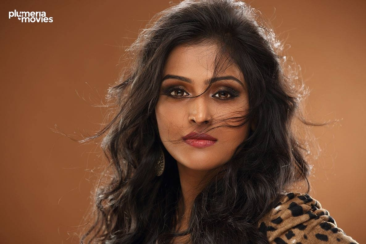 remya nambeesan special – hot photo gallery |
