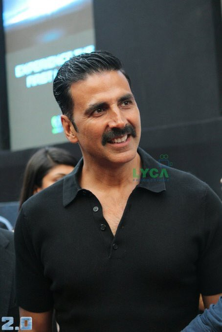 akshay-kumar-at-at-2-point-0-first-look-launch