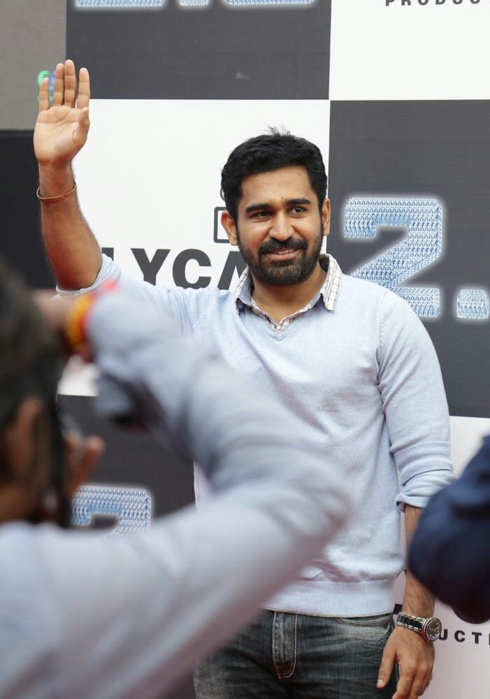 vijay-antony-at-2-point-0-first-look-launch