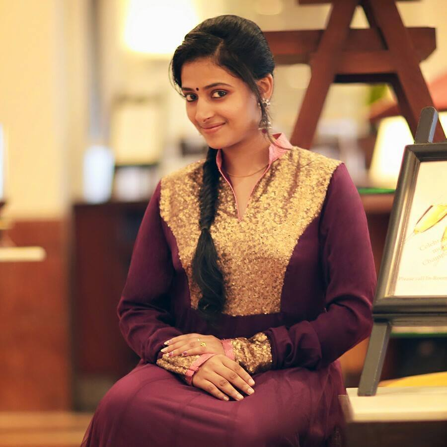 16 Incredibly Beautiful Photos of Anu Sithara