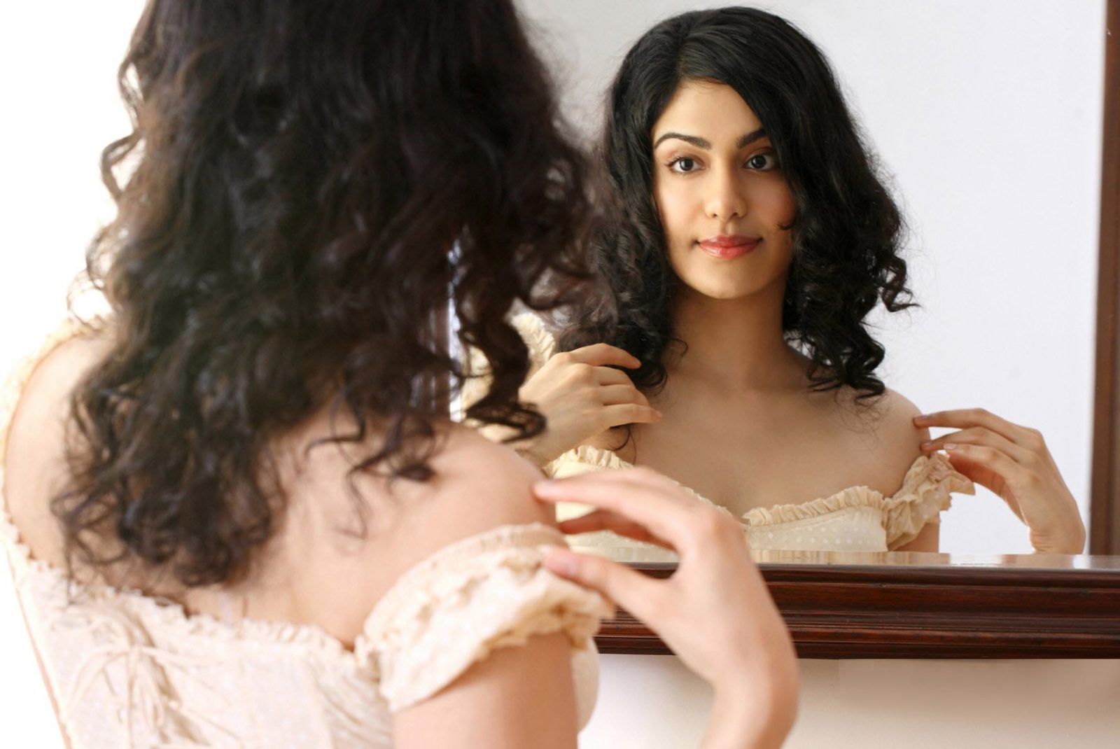 16 pictures of adah sharma that are mind-blowing |
