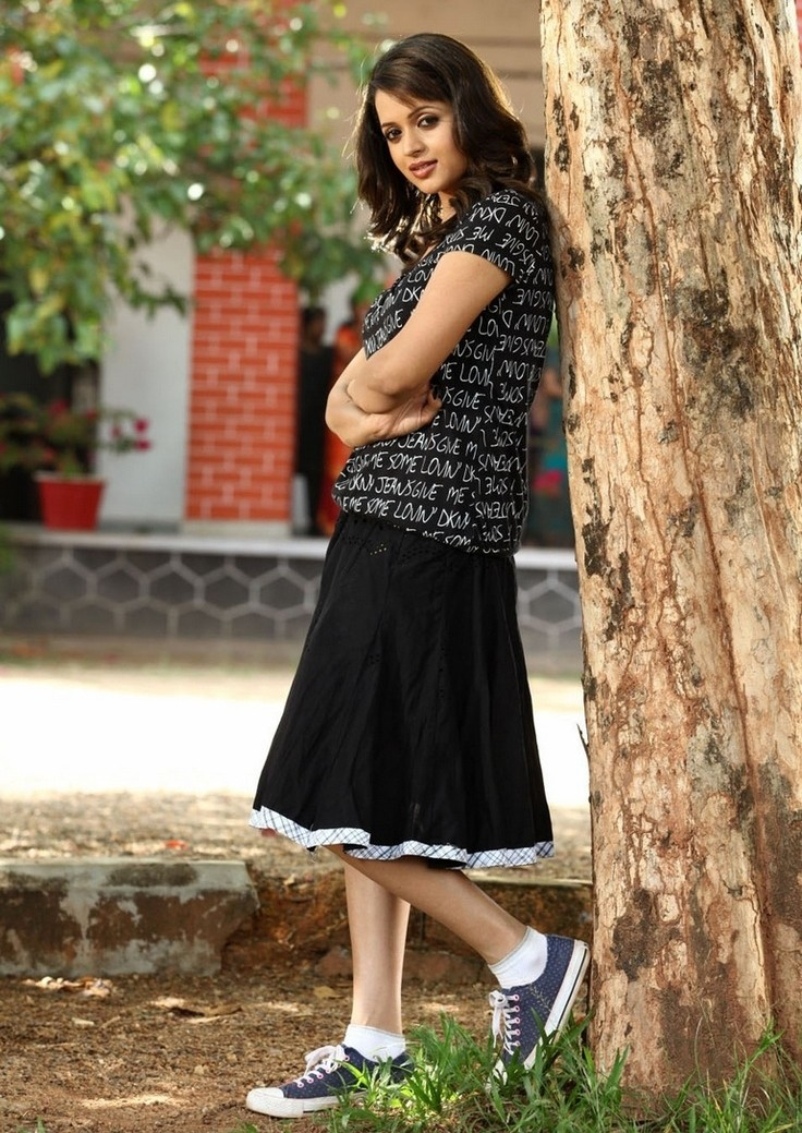 17 Best Bhavana Menon Pics Which Are Sizzling Hot And