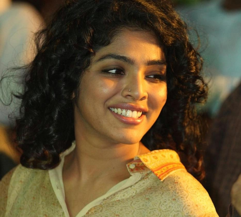 Home The Kerala State Awards For The Best Actress For Her Performances In 22 Female Kottayam And Nidra Here Is The Best Photogallery Of Rima Kallingal