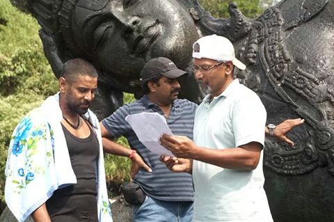 Maniratnam with Vikram at Ravanan Location