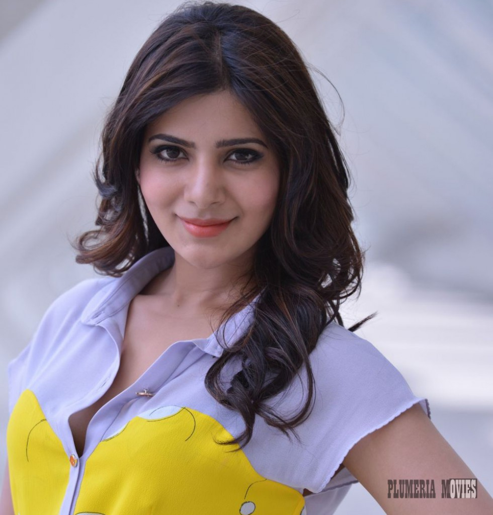 Samantha hot in simple dress