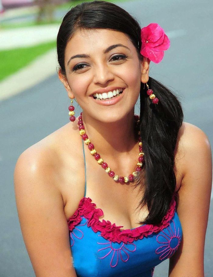 Kajal Aggarwal hot navel photos