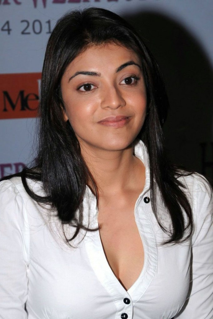 Kajal Aggarwal hot navel in white shirt
