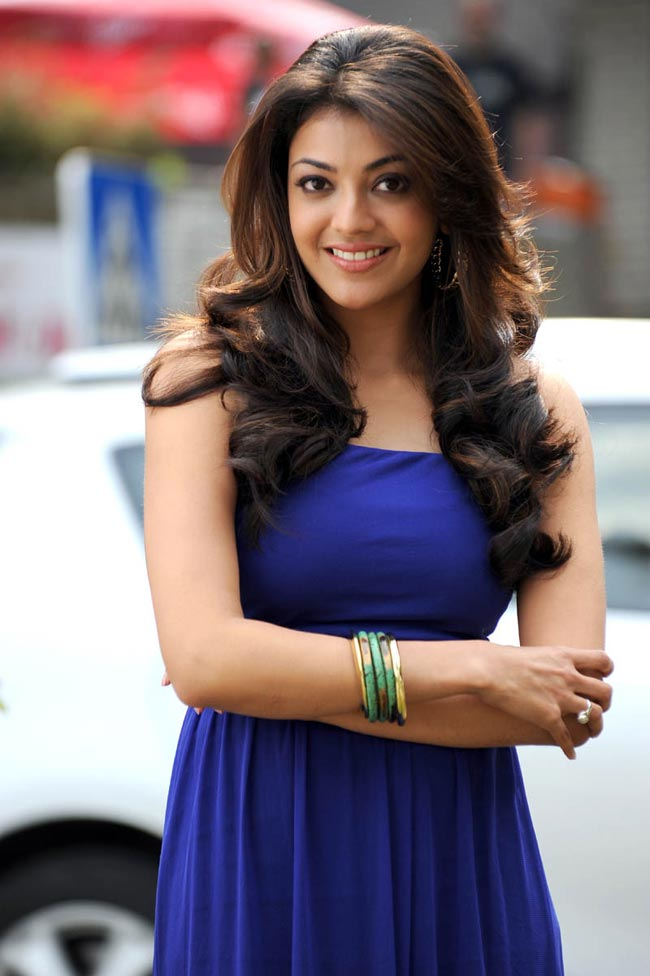 Kajal Aggarwal hot in blue gown