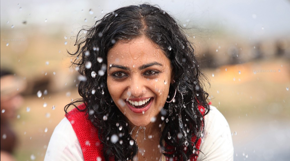 Nithya Menon Photo Gallery (8)