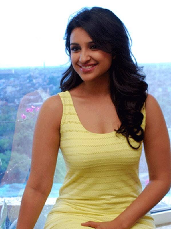 Parineeti Chopra Hot 1