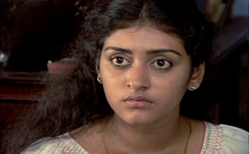 Malayalam actress Parvathy in Thoovanathumbikal