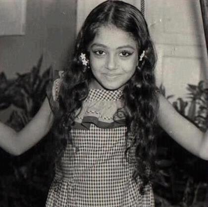 Shobana childhood photo