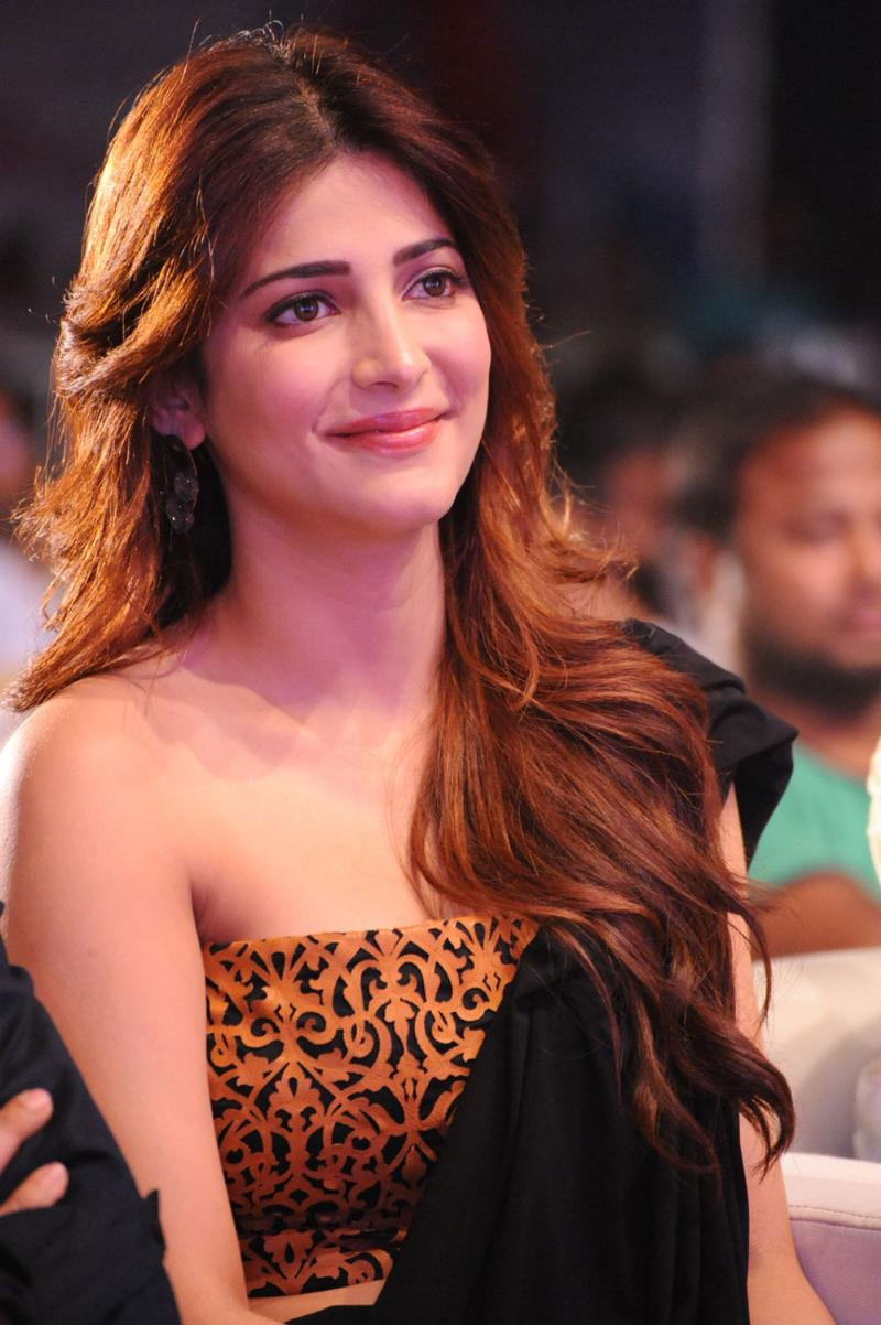Shruti Hassan Hot Photo Gallery  37 Exclusive Photos-9043