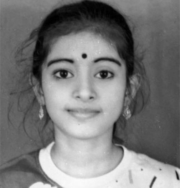 Sneha childhood photo
