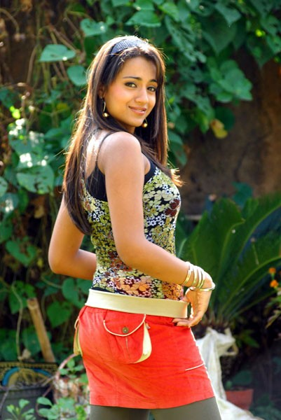 Trisha posing during a dance sequence