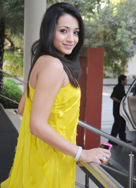 Trisha Krishnan in yellow