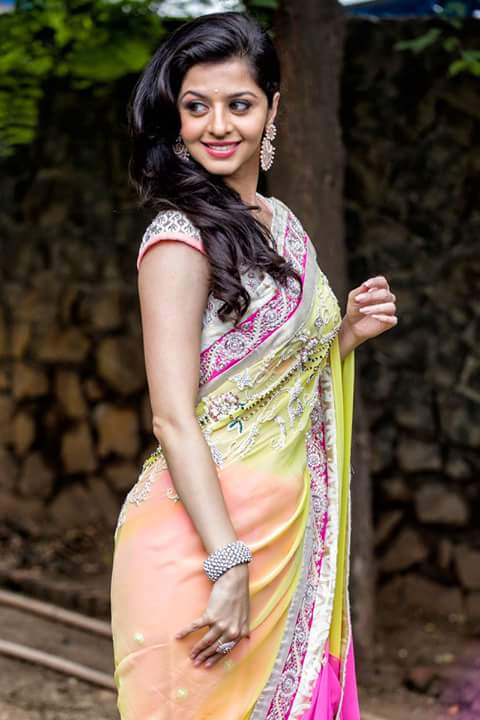 Vedhika in saree