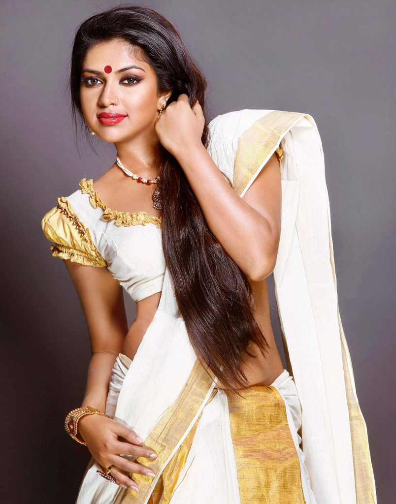 Amala Paul in partial traditional and glamorous dress