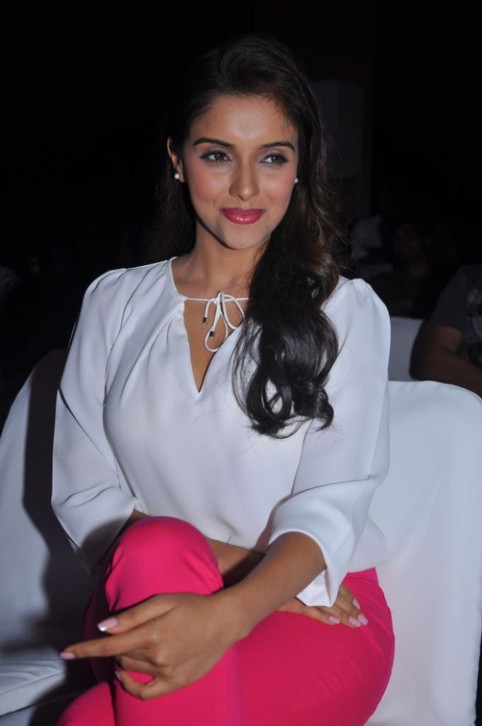 Asin real life photo from film function