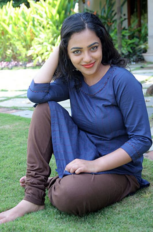 Nithya Menon hot in blue top