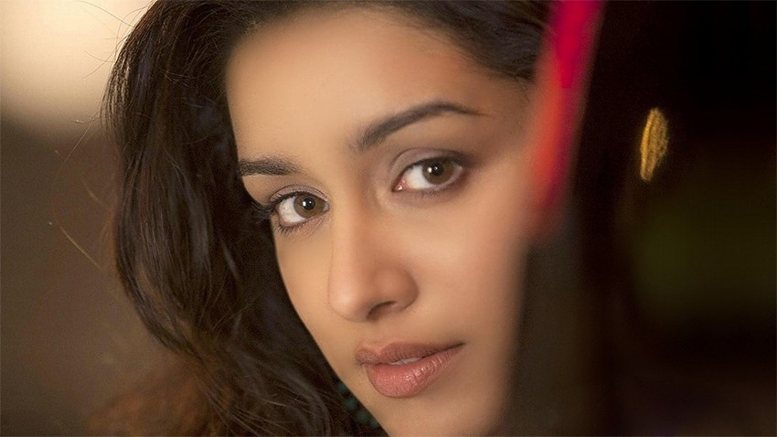 Shraddha Kapoor close up