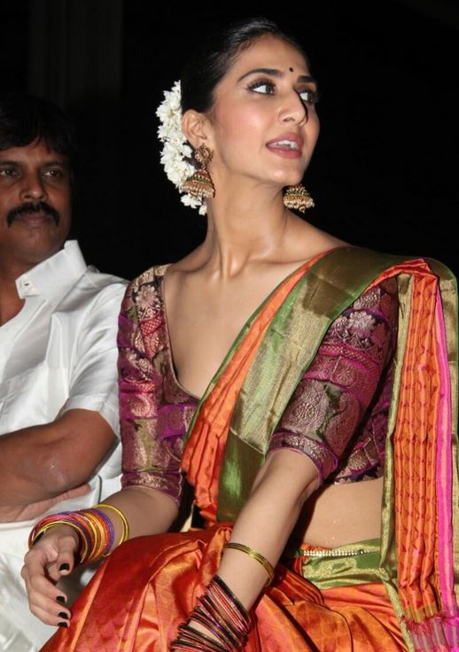 Vaani Kapoor hot in half saree