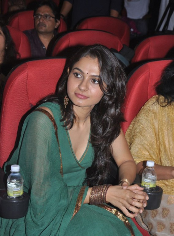 Andrea Jeremiah real life hot photo in green gown