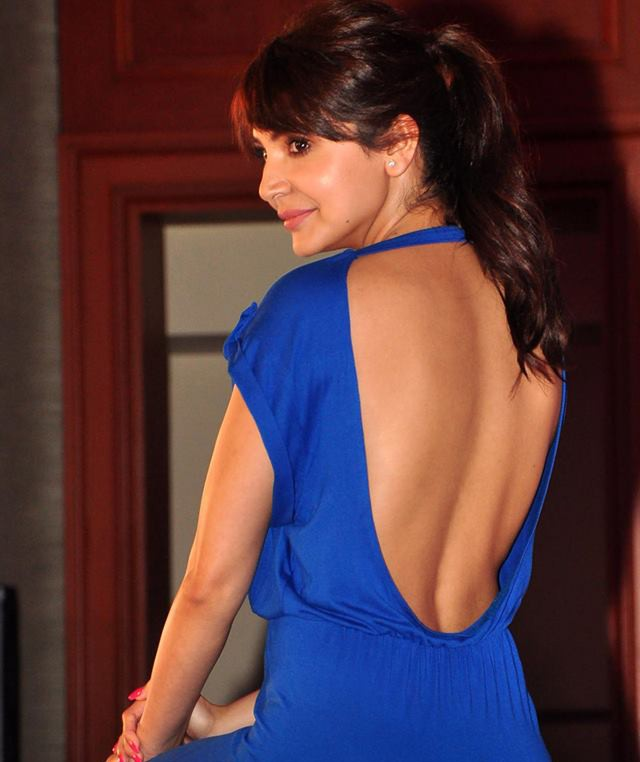 anushka sharma in blue