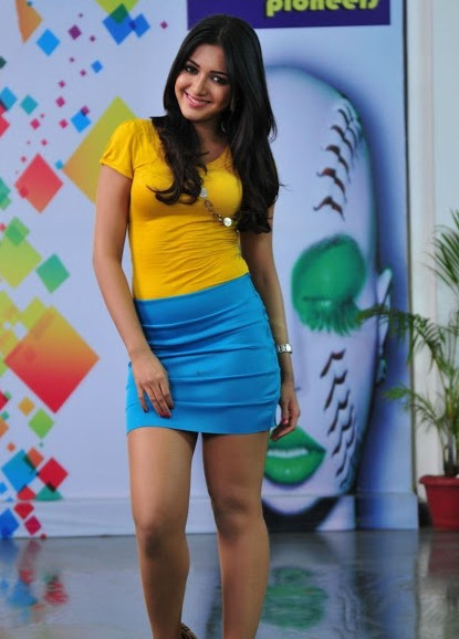 Catherine Tresa hot telugu actress