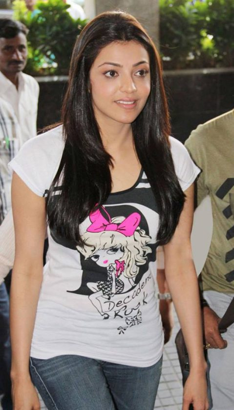 Kajal Aggarwal hot in tshirt real life photo