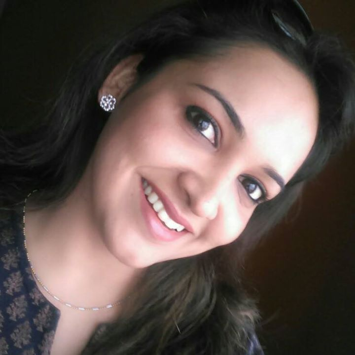 Lena (Malayalam Actress) selfie photo