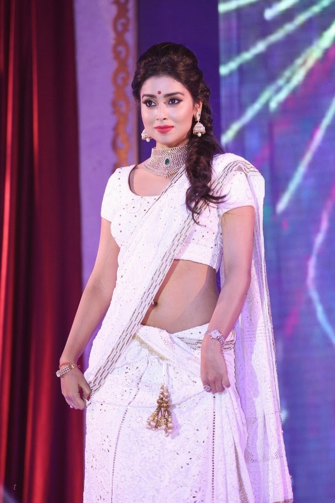 Shriya Saran hot navel show in white saree