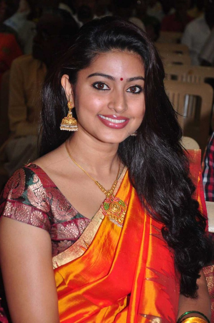 Sneha in traditional saree homely look