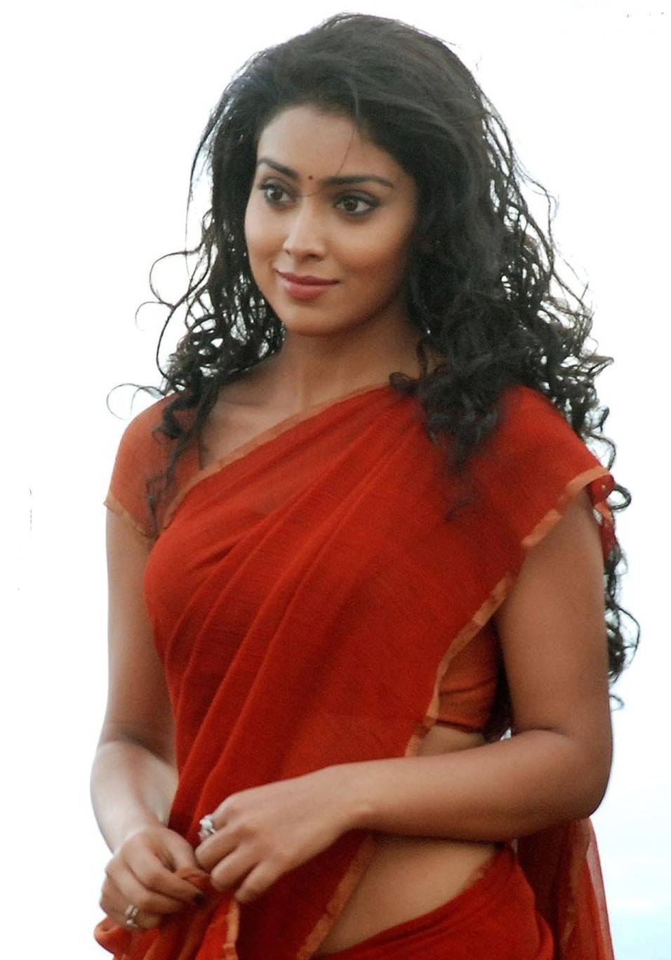 Shriya Saran HOT in red saree