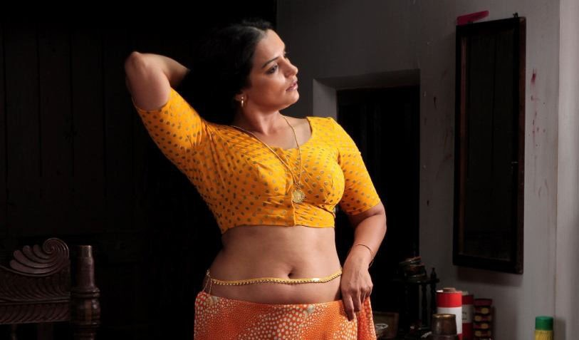 Shwetha Menon HOT Malayalam Actress (8)