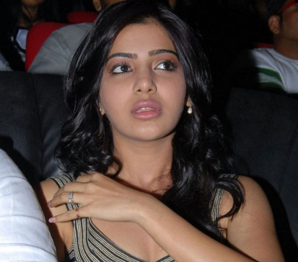 Samantha Navel hot (4)