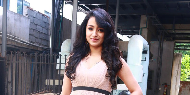 Trisha Krishnan HOT Latest Thoongavanam (2)