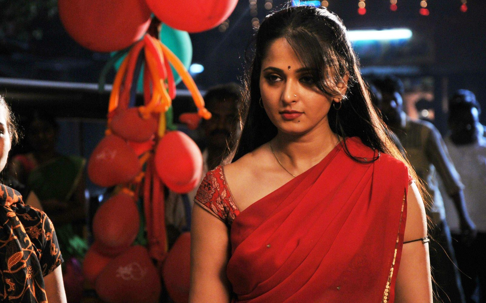 Anushka Shetty Hot in red saree