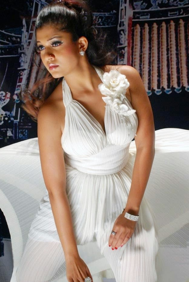Nayanthara Hot in white