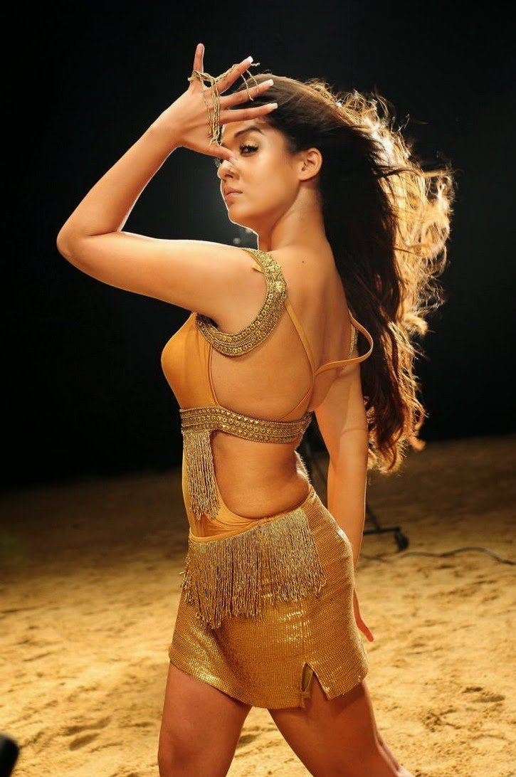 Nayanthara HOT in song shoot