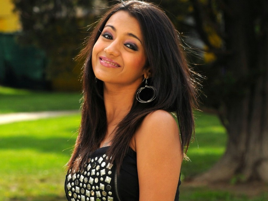 Trisha Beautiful Tamil Actress (2)