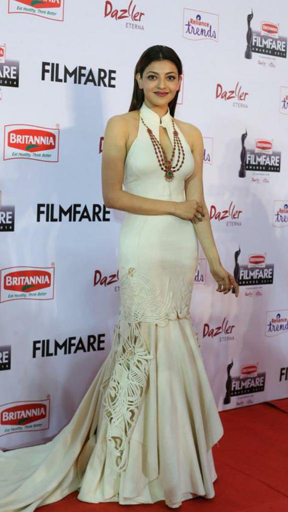Kajal Aggarwal HOT at #BritanniaFilmfareAwards