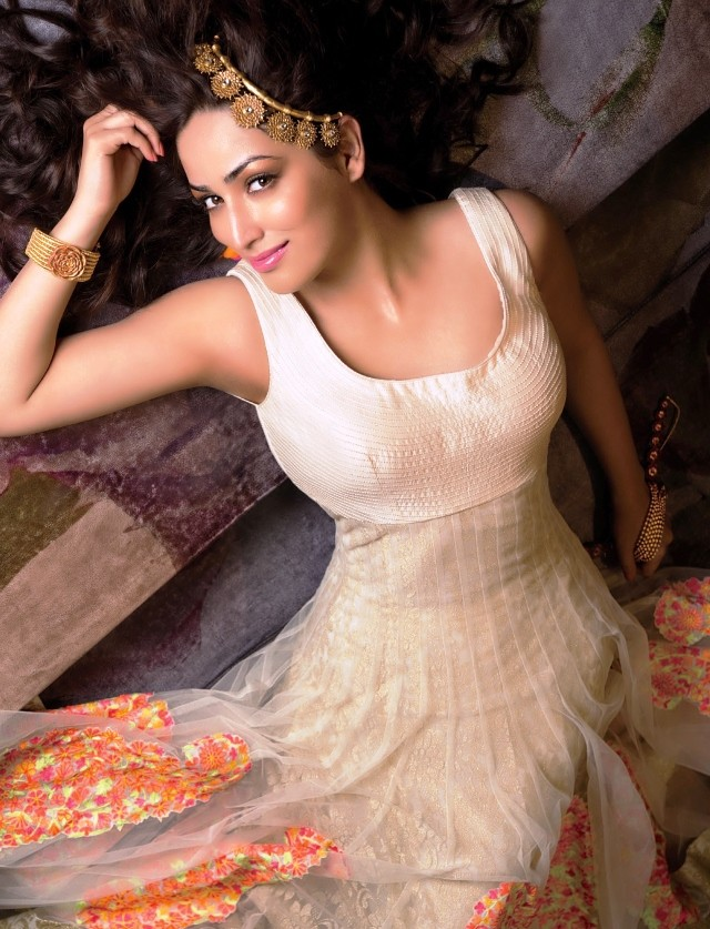 Yami Gautam HOT Photo Shoot For Femina Magazine 3