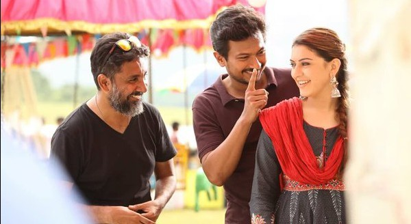 #Manithan Working Stills Hansika  (1)
