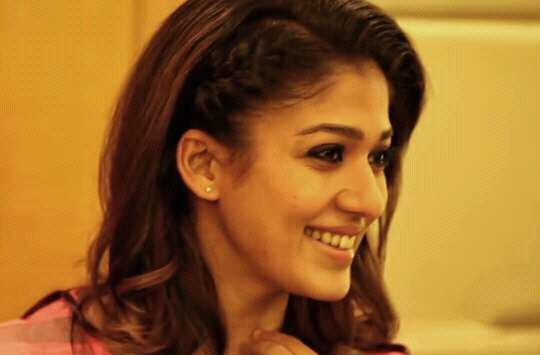 Nayanthara Beautiful Tamil Actresses