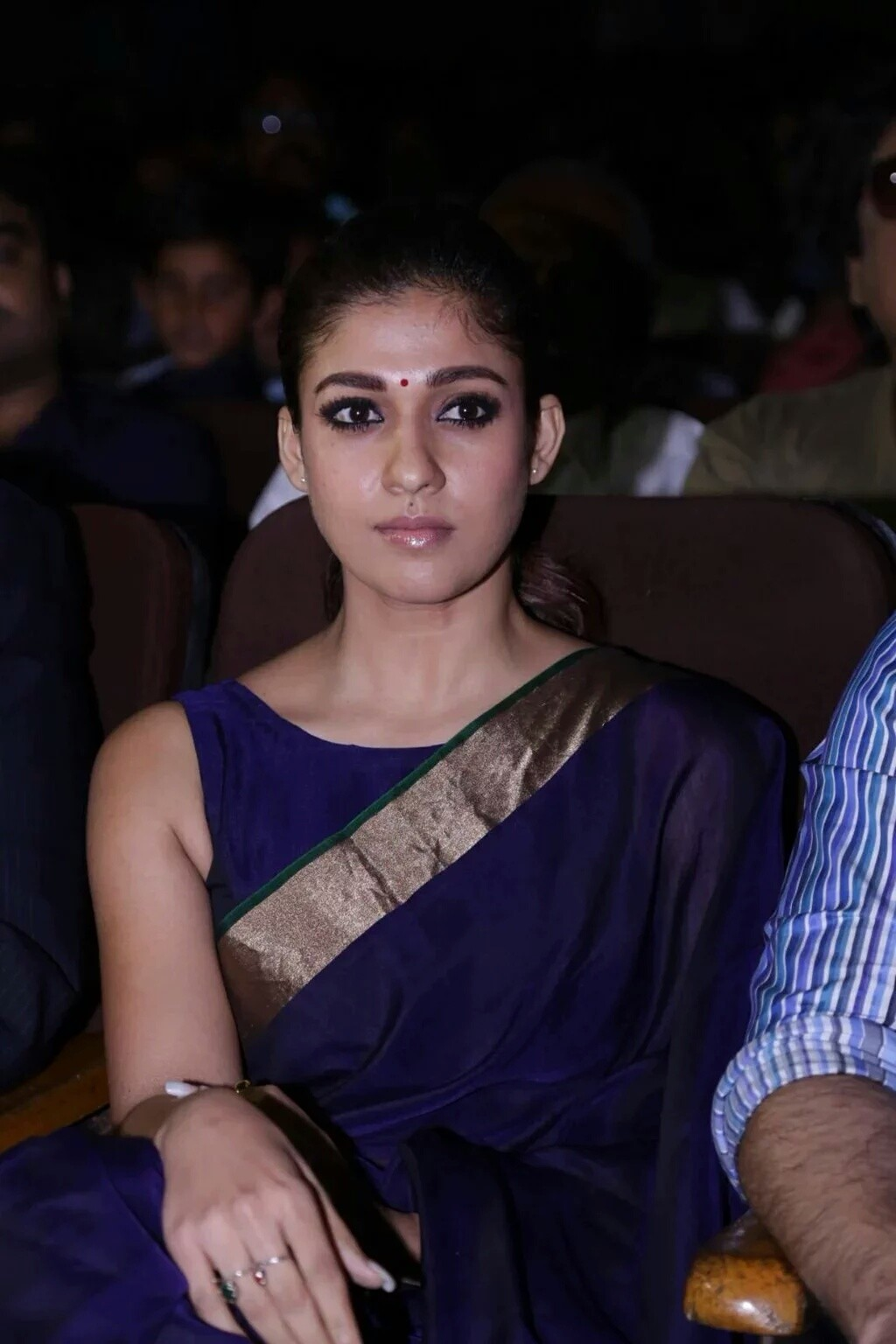 Nayanthara in blue Saree