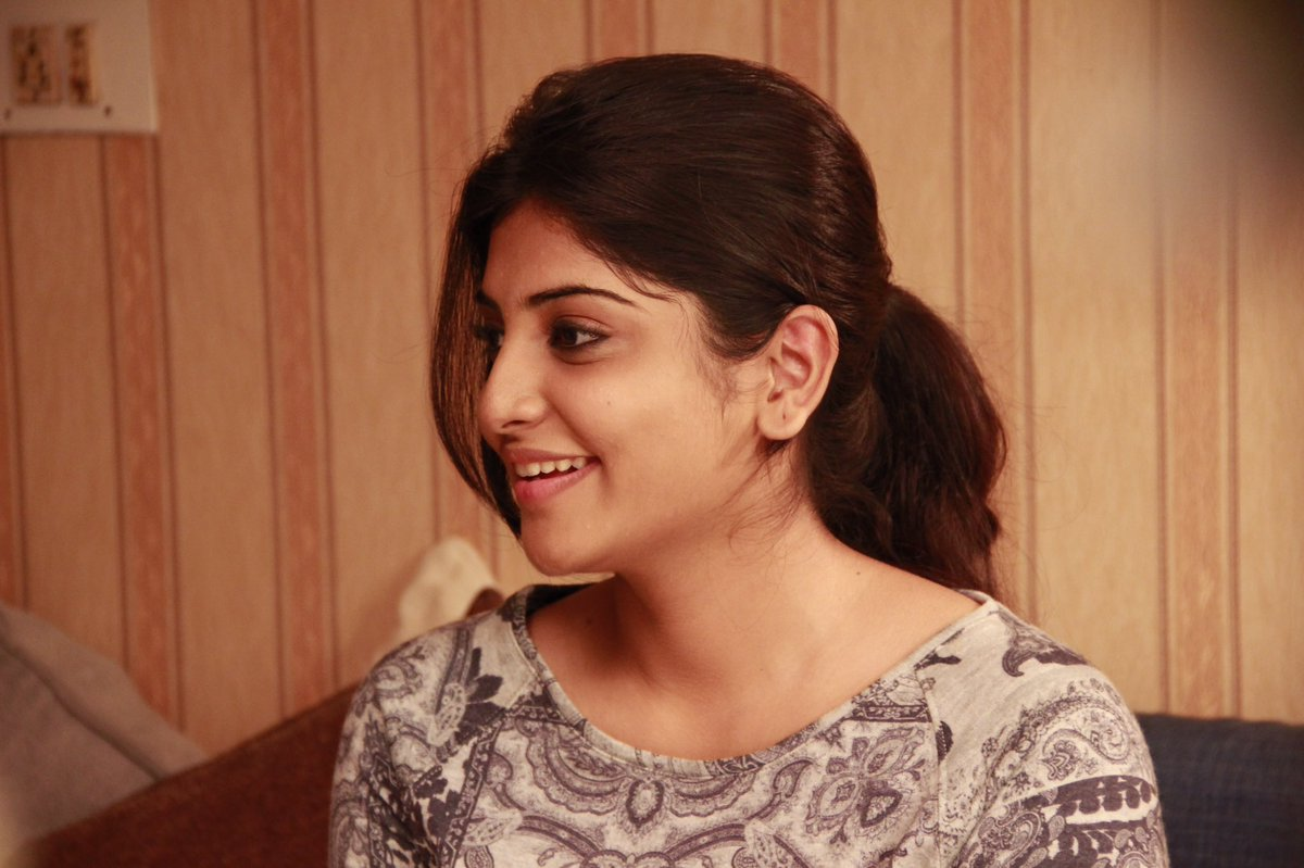 manjima-mohan-hot-photos-2