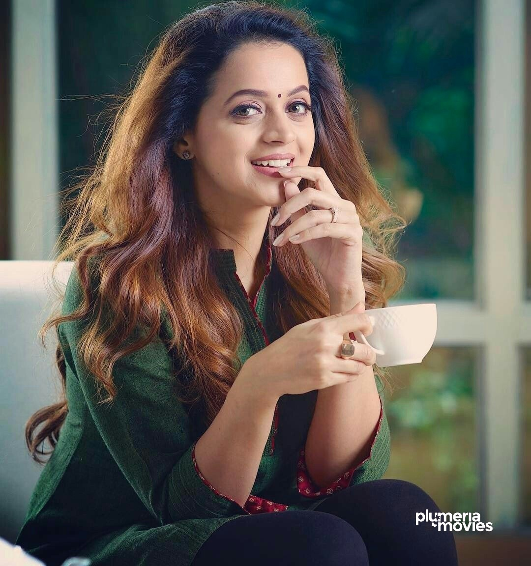 Indian actress Bhavana Menon smiling